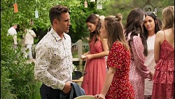 Aaron Brennan, Elly Conway, Piper Willis, Dipi Rebecchi, Yashvi Rebecchi in Neighbours Episode 8056