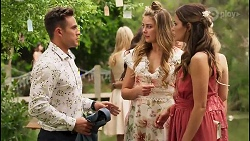 Aaron Brennan, Chloe Brennan, Elly Conway in Neighbours Episode 8056