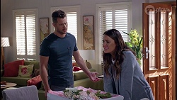 Mark Brennan, Elly Conway in Neighbours Episode 8057