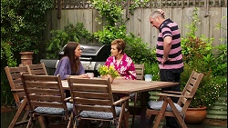 Elly Conway, Susan Kennedy, Karl Kennedy in Neighbours Episode 8058