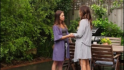 Bea Nilsson, Elly Conway in Neighbours Episode 8058