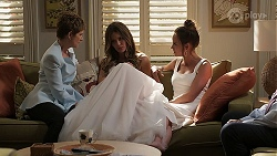 Susan Kennedy, Elly Brennan, Bea Nilsson in Neighbours Episode 8059