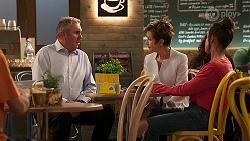 Karl Kennedy, Susan Kennedy, Bea Nilsson in Neighbours Episode 8059