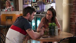 Sheila Canning, Ned Willis, Bea Nilsson in Neighbours Episode 8061