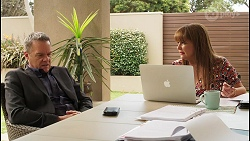 Paul Robinson, Terese Willis in Neighbours Episode 8061