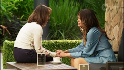 Fay Brennan, Elly Brennan in Neighbours Episode 8064