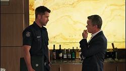 Mark Brennan, Paul Robinson in Neighbours Episode 8064