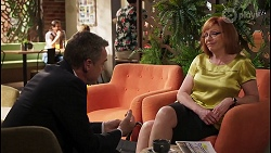 Paul Robinson, Beverly Robinson in Neighbours Episode 8066