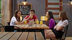 Bea Nilsson, Ned Willis, Imogen Willis, Piper Willis in Neighbours Episode 8071