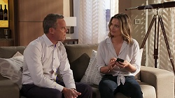 Paul Robinson, Amy Williams in Neighbours Episode 8072