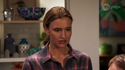 Amy Williams in Neighbours Episode 8072