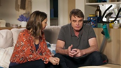 Amy Williams, Gary Canning in Neighbours Episode 8074