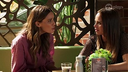 Elly Brennan, Bea Nilsson in Neighbours Episode 8075