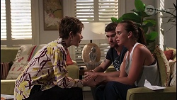 Susan Kennedy, Ned Willis, Bea Nilsson in Neighbours Episode 8076