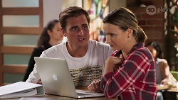 Kyle Canning, Amy Williams in Neighbours Episode 8081