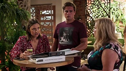 Amy Williams, Kyle Canning, Sheila Canning in Neighbours Episode 8087