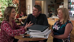 Amy Williams, Gary Canning, Sheila Canning in Neighbours Episode 8087