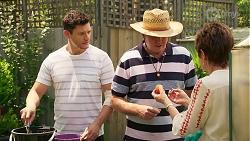 Finn Kelly, Karl Kennedy, Susan Kennedy in Neighbours Episode 8090