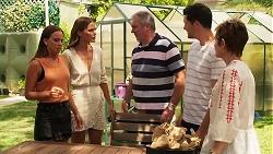 Bea Nilsson, Elly Brennan, Karl Kennedy, Finn Kelly, Susan Kennedy in Neighbours Episode 8090