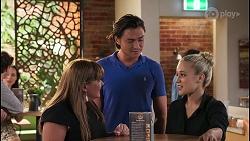 Terese Willis, Leo Tanaka, Roxy Willis in Neighbours Episode 8093