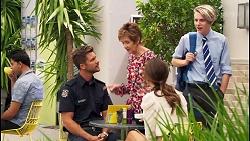 Mark Brennan, Susan Kennedy, Elly Brennan, Dean Mahoney in Neighbours Episode 8095