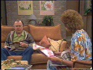 Dan Ramsay, Madge Bishop in Neighbours Episode 0406