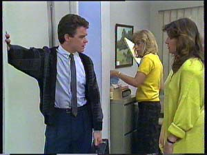 Paul Robinson, Jane Harris, Susan Cole in Neighbours Episode 0406