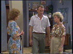 Jim Robinson, Helen Daniels, Madge Bishop in Neighbours Episode 0406