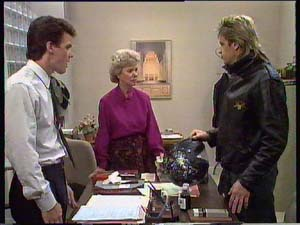 Paul Robinson, Helen Daniels, Shane Ramsay in Neighbours Episode 0407