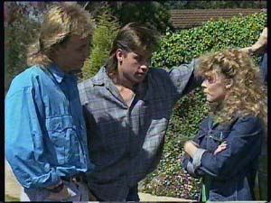 Scott Robinson, Mike Young, Charlene Mitchell in Neighbours Episode 0407