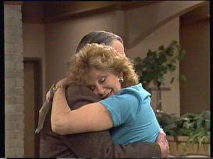 Dan Ramsay, Madge Bishop in Neighbours Episode 0407