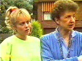 Nell Mangel, Jane Harris in Neighbours Episode 0526