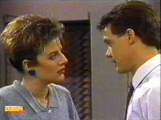 Gail Robinson, Paul Robinson in Neighbours Episode 0527