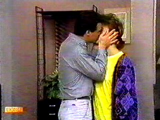 Paul Robinson, Gail Robinson in Neighbours Episode 0535