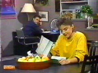 Gail Robinson, Paul Robinson in Neighbours Episode 0537