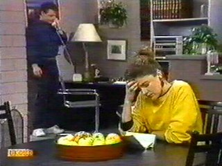 Paul Robinson, Gail Robinson in Neighbours Episode 0537