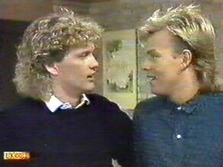 Henry Ramsay, Scott Robinson in Neighbours Episode 0537