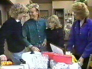 Henry Ramsay, Scott Robinson, Charlene Mitchell, Madge Bishop in Neighbours Episode 0537