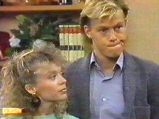 Scott Robinson, Charlene Mitchell in Neighbours Episode 0538