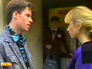 Mike Young, Nell Mangel, Jane Harris in Neighbours Episode 0540