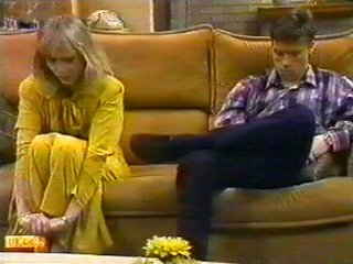 Jane Harris, Mike Young in Neighbours Episode 0540