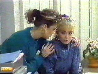 Gail Robinson, Jane Harris in Neighbours Episode 0542