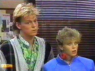 Scott Robinson, Charlene Mitchell in Neighbours Episode 0543
