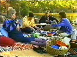 Daphne Clarke, Des Clarke, Jim Robinson, Beverly Marshall in Neighbours Episode 0543