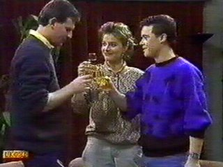 Des Clarke, Gail Robinson, Paul Robinson in Neighbours Episode 0545
