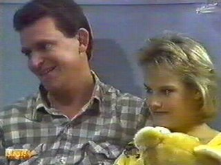Des Clarke, Daphne Clarke in Neighbours Episode 0545