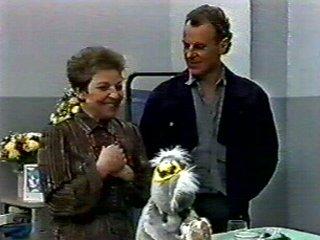 Eileen Clarke, Jim Robinson in Neighbours Episode 0546