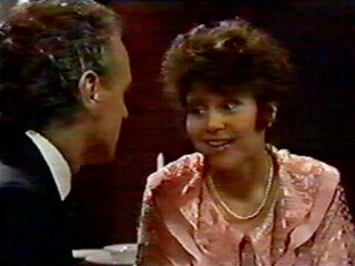 Jim Robinson, Beverly Marshall in Neighbours Episode 0549