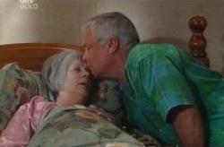 Madge Bishop, Lou Carpenter in Neighbours Episode 3740
