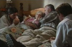 Paul McClain, Madge Bishop, Harold Bishop, Tad Reeves in Neighbours Episode 3740